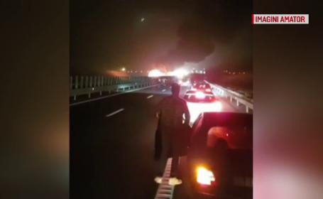 Panică pe A2 după ce un utilaj de deszăpezire a luat foc în trafic