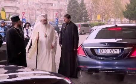 Preot, despre maşinile de lux de la Catedrală: \