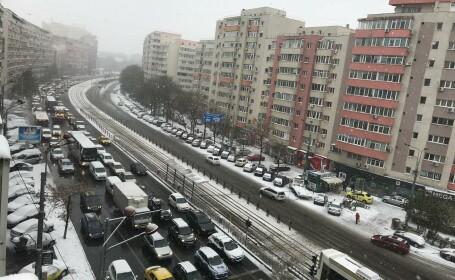 Imagini după primul cod de ninsoare în București