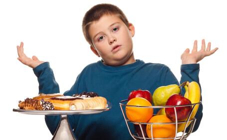 În România, un copil din doi este obez. Cum s-a ajuns în această situaţie