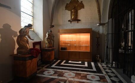 catedrala jefuita franta