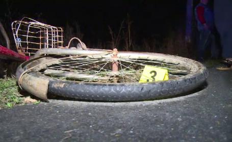 Biciclist lovit din plin de o mașină, în Dâmbovița
