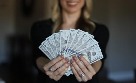 Și, totuși, banii aduc fericirea. De câți avem nevoie pentru a ne simți împliniți