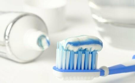 De câte ori pe zi spălăm dinții și ce paste folosim, pentru a împiedica inflamarea gingiilor