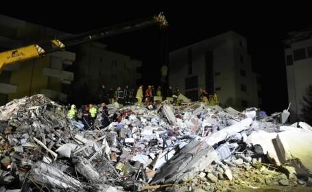 Imagini de după seismul din Albania - 5