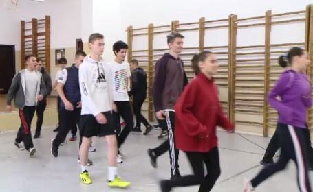 Studiu OMS: 80% dintre adolescenții români nu fac suficientă mișcare