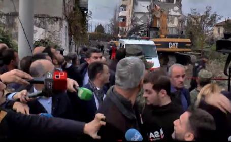 Momentul în care o replică puternică zguduie Albania, după cutremurul care a ucis 40 de oameni