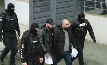 Bărbați reținuți la Iași pentru că vindeau bijuterii false. Cum păcăleau casele de amanet