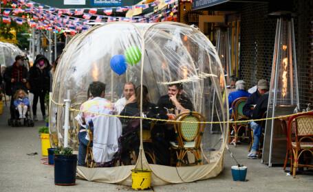 """Cum ne putem petrece timpul cu cei dragi de sărbători, fără să riscăm să ne infectăm. Strategia """"bulei sociale"""""""