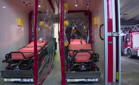 Ambulanță pentru pacienții Covid unică în România, la Oradea. Cât costă și de ce este specială