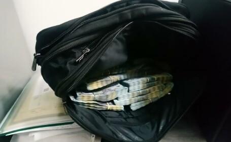 GALERIE FOTO Tezaurul descoperit la polițiștii de la Permise din Suceava