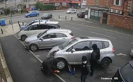 Cum au reușit trei hoți din Anglia să fure catalizatorul unei mașini în mai puțin de un minut