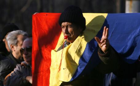 Revolutionarii cer anularea a 2.000 de certificate de luptator