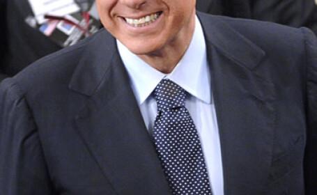 Berlusconi, la un pas de a pierde imunitate parlamentara