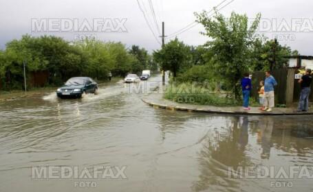 Au inceput ploile! Sistemele de canalizare din Romania nu fac fata!