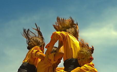 Dans si acrobatie duse la extrem in Spania