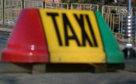 A spart geamurile taximetrelor care i-au iesit in cale cu un patent!