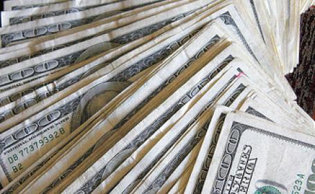 Datoria publica a SUA e mare cat o zi de post: 10 trilioane de dolari!