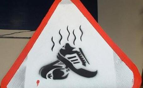 Puteti rasufla linistiti: s-a inventat aparatul care scaneaza pantofi