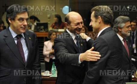 Basescu si Tariceanu au refuzat se mearga cu acelasi avion