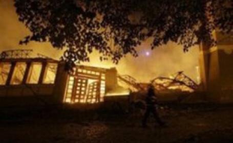 Dezastru in Praga! A ars Palatul Industrial!