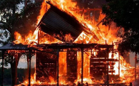 Panica in Bucov, judetul Prahova! Casa zguduita de o explozie!