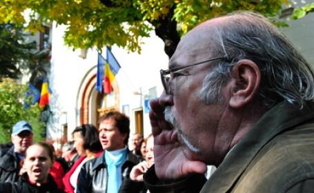 Profesorii au predat din nou lectia protestelor la Ministerul Educatiei