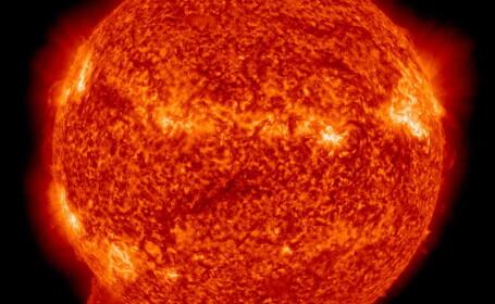 Soarele fotografiat de NASA cu ultraviolete si raze-X