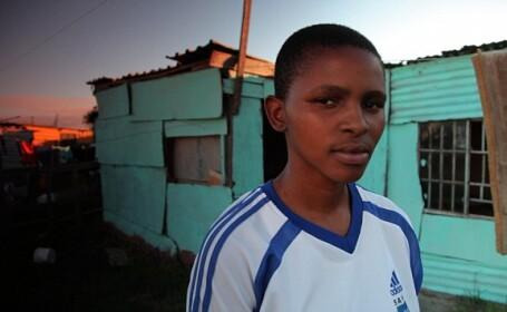 Violul ca terapie. O lesbiana din Africa de Sud a fost abuzata pentru a fi \