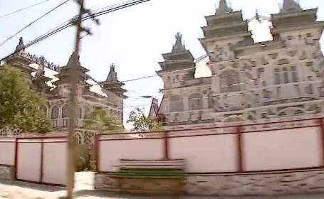 "Robu vrea sa puna taxa pe turnulete. ""In Timisoara nu se vor mai construi palate cu turnulete"""
