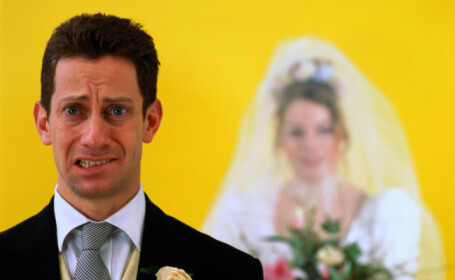 Gestul unui barbat care si-a amintit in ziua nunti ca a uitat sa programeze ceremonia de casatorie