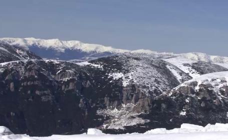Risc de avalansa pe platoul Bucegi. Anuntul salvamontistilor pentru turistii din zona