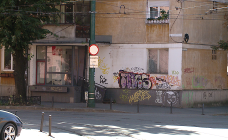 "Primaria nu a rezolvat problema tinerilor care mazgalesc cladirile. Robu: ""Nu reusim sa ii prindem"""