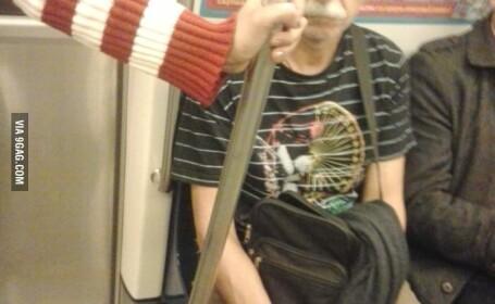 poza 9gag metrou