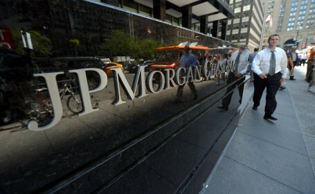 JPMorgan, sanctiuni record de 13 mld. dolari pentru practici din perioada premergatoare crizei