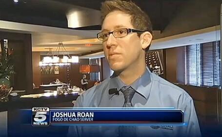 Cum a reactionat acest chelner cand a vazut un bacsis de 1300 dolari in mana