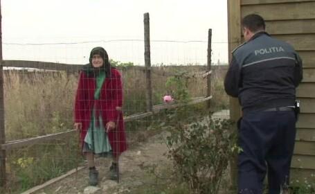 Batrana din Craiova, infometata si tinuta incuiata intr-un tarc. Doi trecatori i-au auzit strigatele si au alertat politia