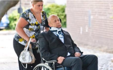 Un britanic a simulat ca se afla in coma timp de 2 ani pentru a scapa de tribunal. Cum a fost prins ca minte