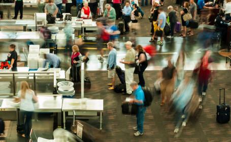 controlul bagajelor pe aeroport