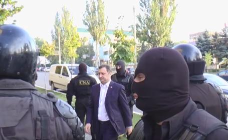 Fostul premier moldovean, RETINUT pentru 72 de ore de procurori. Filat e acuzat ca ar fi luat mita 250 de milioane de euro
