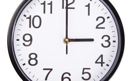 Ceas, ora 3
