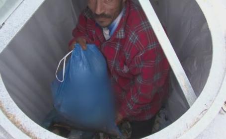 Cei care fura din gunoi vor fi declarati hoti in Bistrita Nasaud. De ce vor sa ia autoritatile o astfel de hotarare