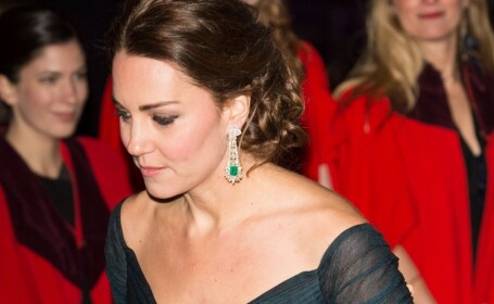 Ducesa de Cambridge solicita despagubiri de 1,5 mil. euro pentru publicarea pozelor cu ea topless, in Franta