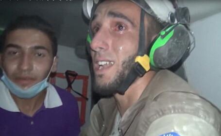 Cel mai mare spital din estul Alepului, bombardat din nou. Un salvator a izbucnit in lacrimi dupa ce a salvat o fetita. VIDEO