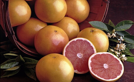 Va place grepfrutul? Iata care sunt cazurile cand NU trebuie sa consumati acest fruct