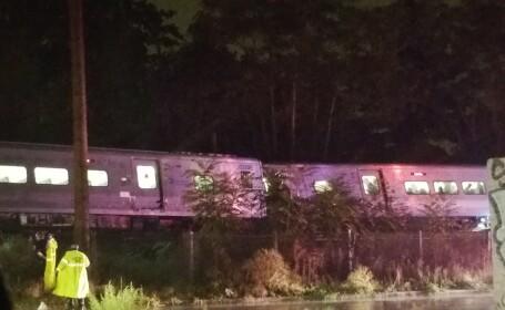 tren deraiat Long Island