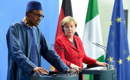 Presedintele Nigeriei si-a trimis sotia la bucatarie, intr-o conferinta cu Angela Merkel. \