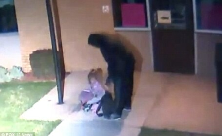 Un tata si-a abandonat fiica de 5 ani noaptea,in frig, intr-un campus. Cum a fost gasita dupa cateva ore. VIDEO
