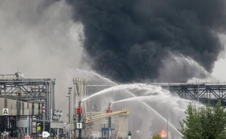 Bilantul accidentului industrial din Germania a crescut: 2 morti, 2 disparuti si 6 raniti. Cauza exploziei, inca nestabilita