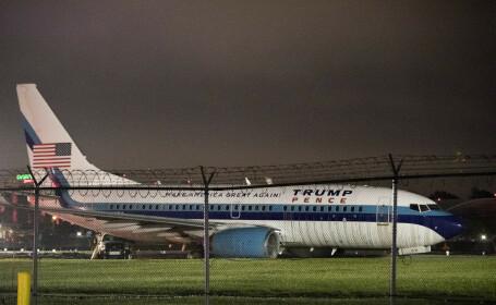Incident pe aeroportul LaGuardia, din New York. Avionul de campanie al lui Mike Pence a iesit de pe pista. VIDEO